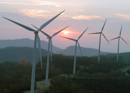 T. Boone Pickens: Kicking Off the World's Largest Wind Farm
