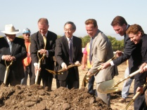 LIVE: Solyndra Breaks Ground on New Plant, Details $535M DOE Project