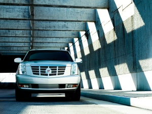 Image (1) gm-cadillac-escalade-hybrid.jpg for post 76628