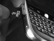 devicefidelity-nfc-microsd-card