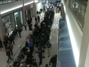 Moer perspective on how long the line is at the Mall of America. Photo by Andy Flocchini.