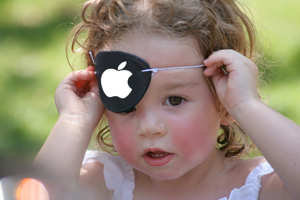 pirate-girl-apple