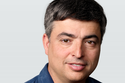 Eddy Cue, Apple SVP of internet software and services