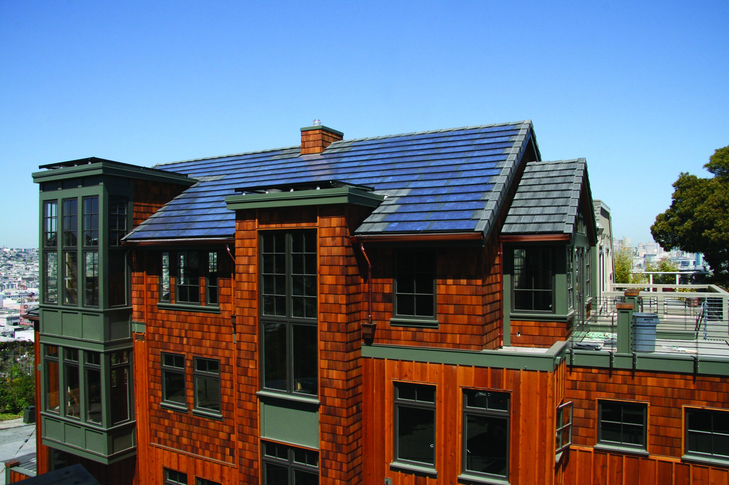 Eagle Roofing SolarBlend tiles2