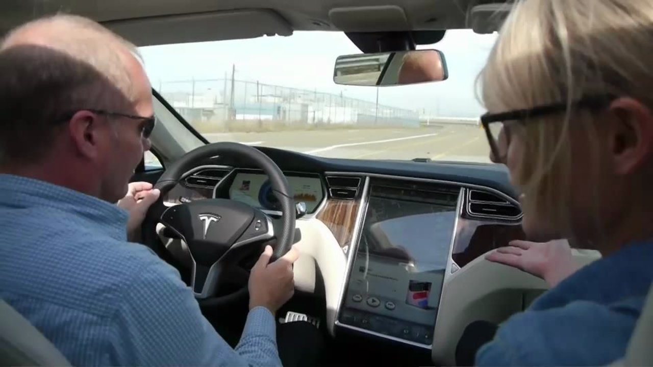 Green Overdrive: We ride a Tesla Model S Beta! Thumbnail