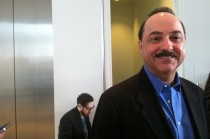 Apple Event 10/4 AT&T Wireless CEO Ralph de la Vega