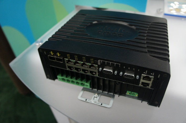 Cisco's connected grid router, inside
