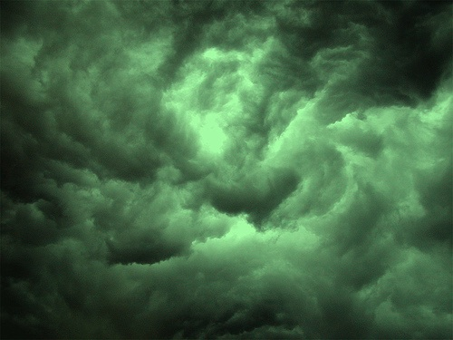 Clouds_Nasty_green
