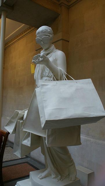 Bristol_Banksy_shopping