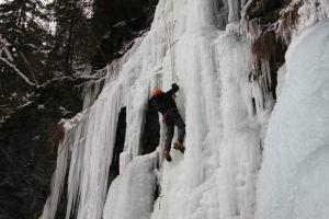 ice climbing 2