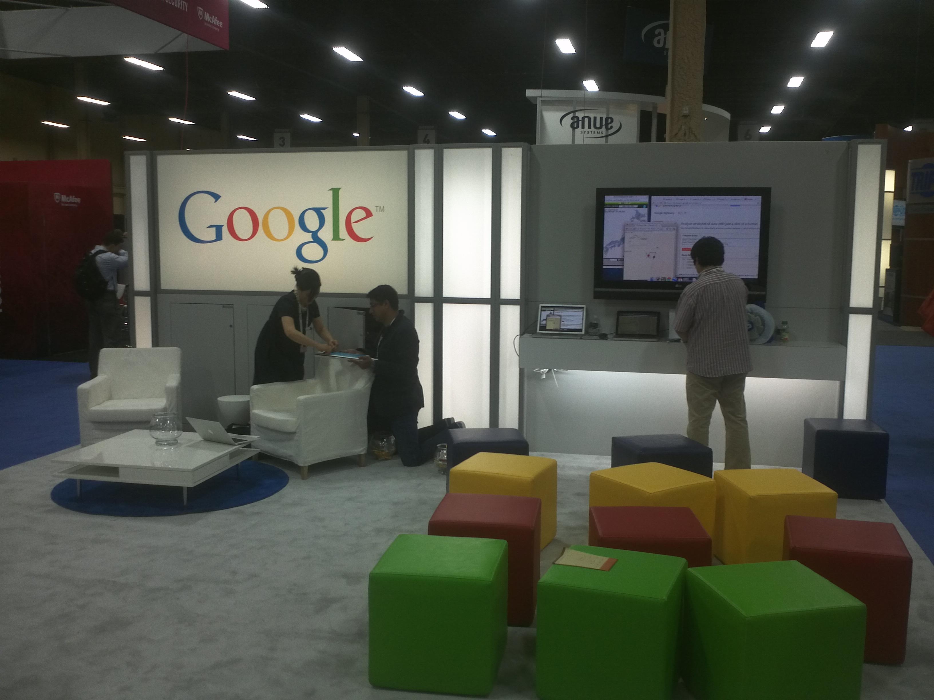 Google's minimalist booth at Interop.