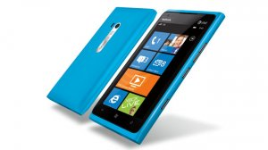 nokia-lumia-900-in-blue