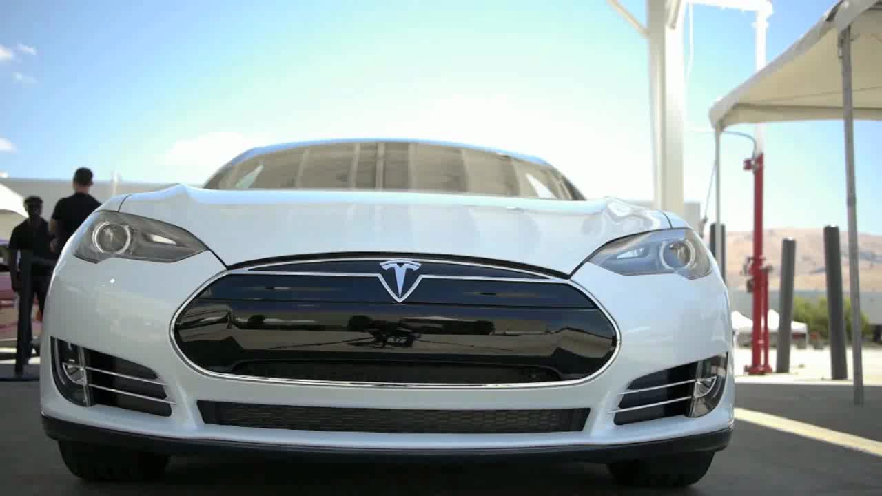 A shot from one of our videos of the Model S. Image courtesy of Gigaom.