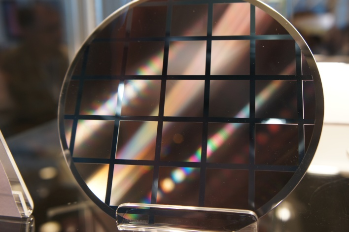 Epitaxial wafer with reflector