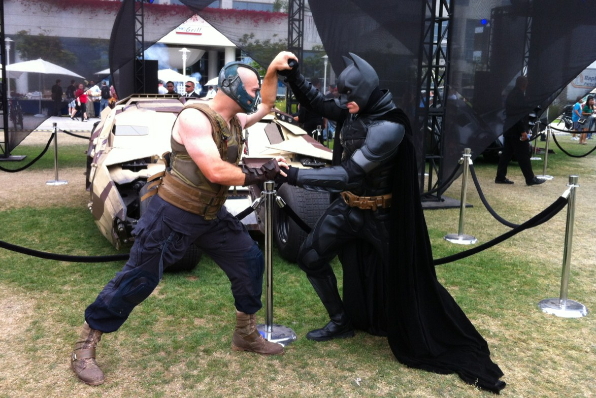Bane and Batman tussell at San Diego Comic-Con 2012