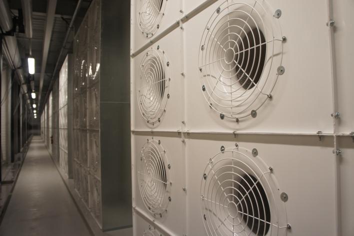 15 motors per server bank