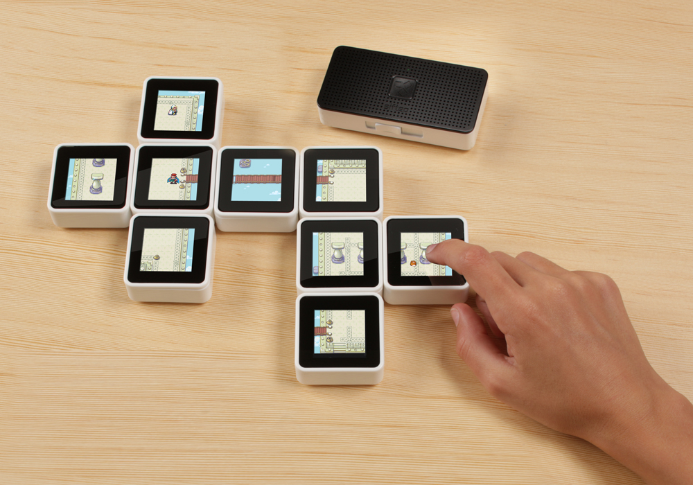 Wireless Sifteo cube game