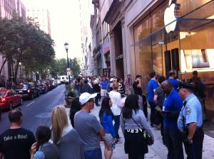 The queue outside Philadelphia's Walnute Street Apple Store Friday morning.