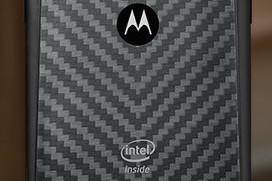 Motorola Razr i with Intel Inside