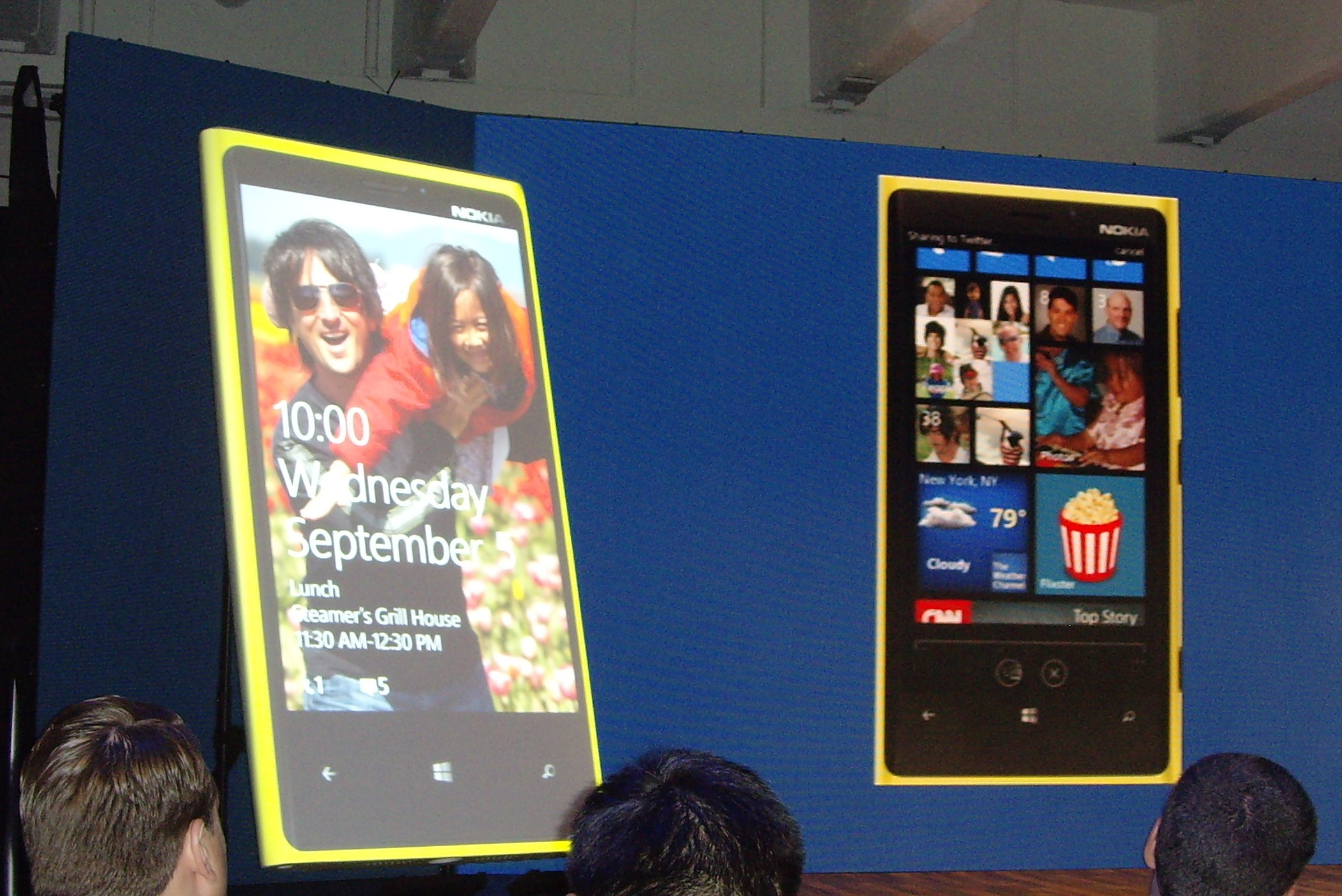 Nokia Lumia 920, Windows Phone 8