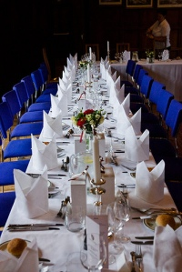wedding reception dinner table napkins