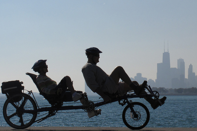 Tandem bicycle Chicago skyline