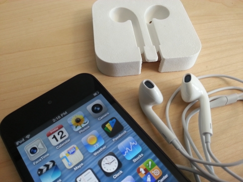 iPod touch earbuds