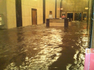 Lobby at Verizon office at 140 West Street, New York post-Sandy
