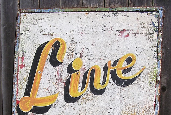 live sign