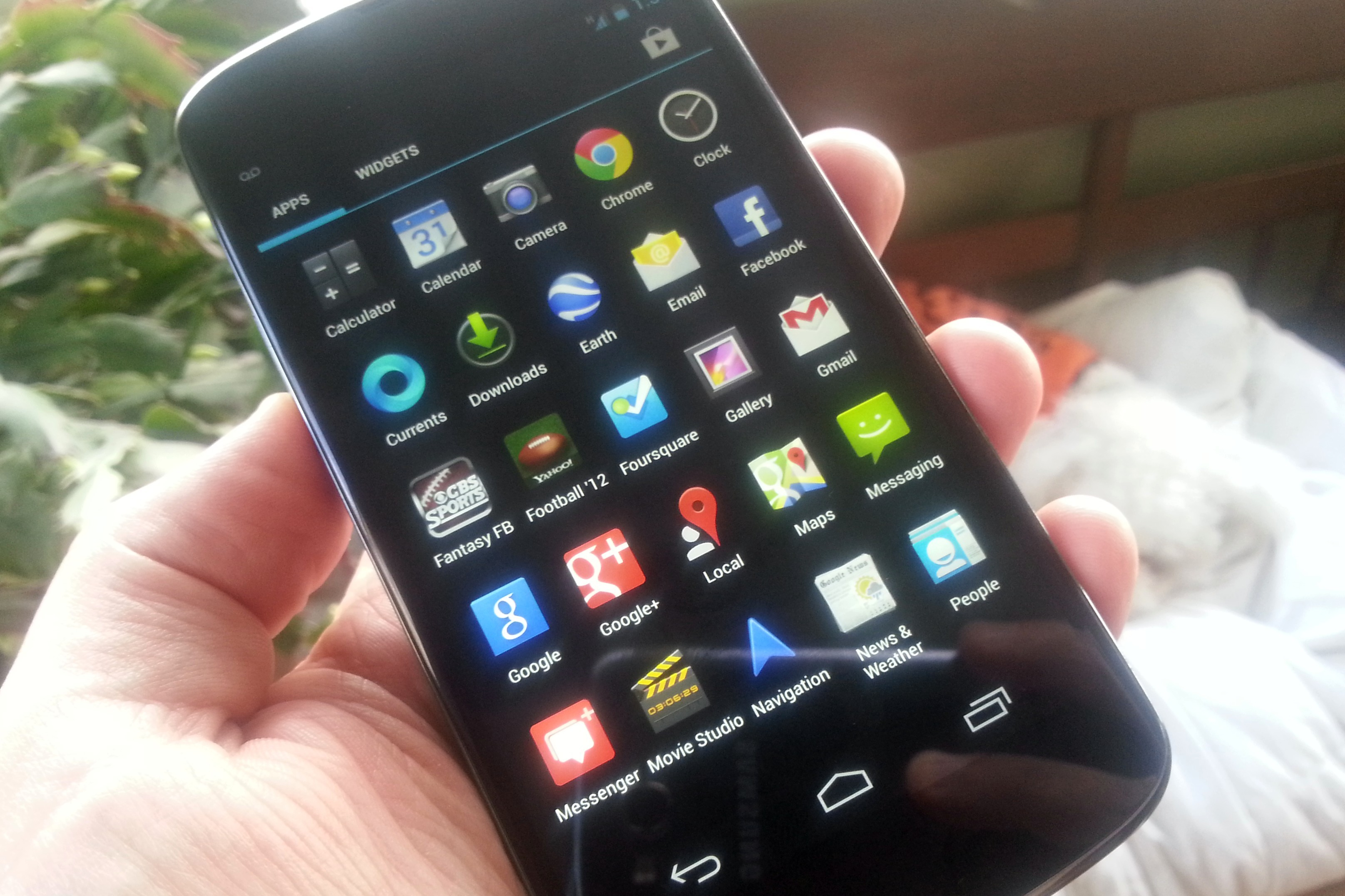 LG boosting Nexus 4 production in light of high demand — Tech News ...
