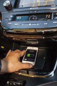 Avalon charging iPhone