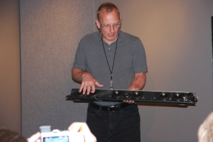 Hilmar Lehnert, Engineering Project Manager at Sonos, shows off the internal components of the playbar.