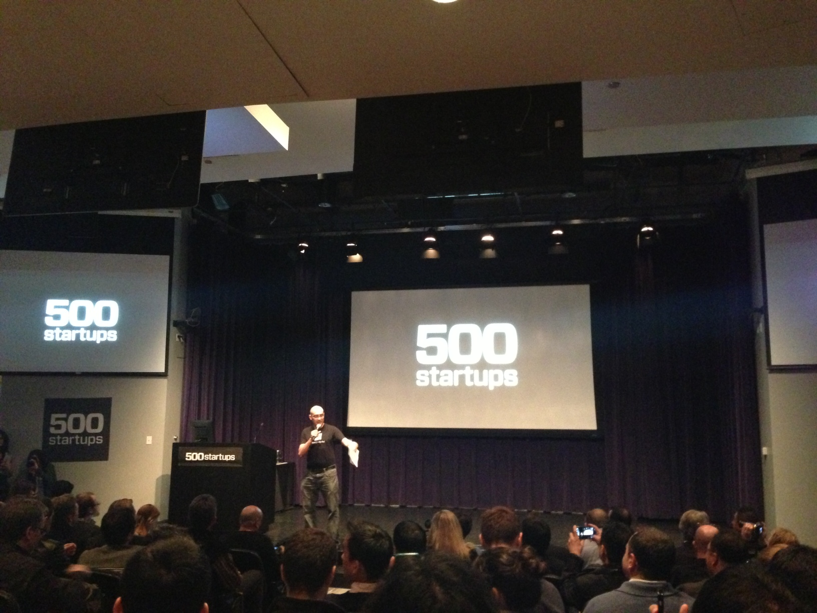 A previous demo day in Mountain View, where 500 Startups usually holds its first night of demo days.