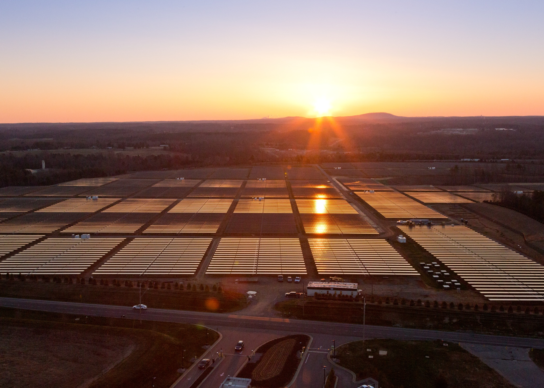 Apple's solar farm in North Carolina. Image courtesy of Apple.