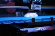 MakerBot's 3D Printer the Replicator2