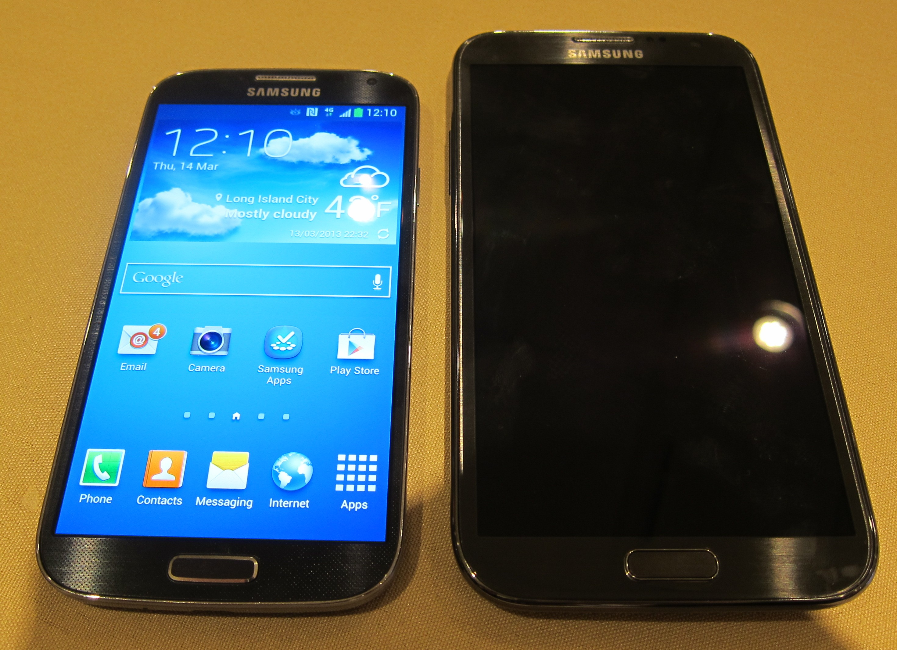 Galaxy S 4 vs Galaxy Note 2