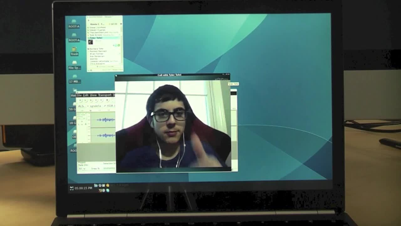 Multitasking with Chrome OS and Linux on the Chromebook Pixel Thumbnail