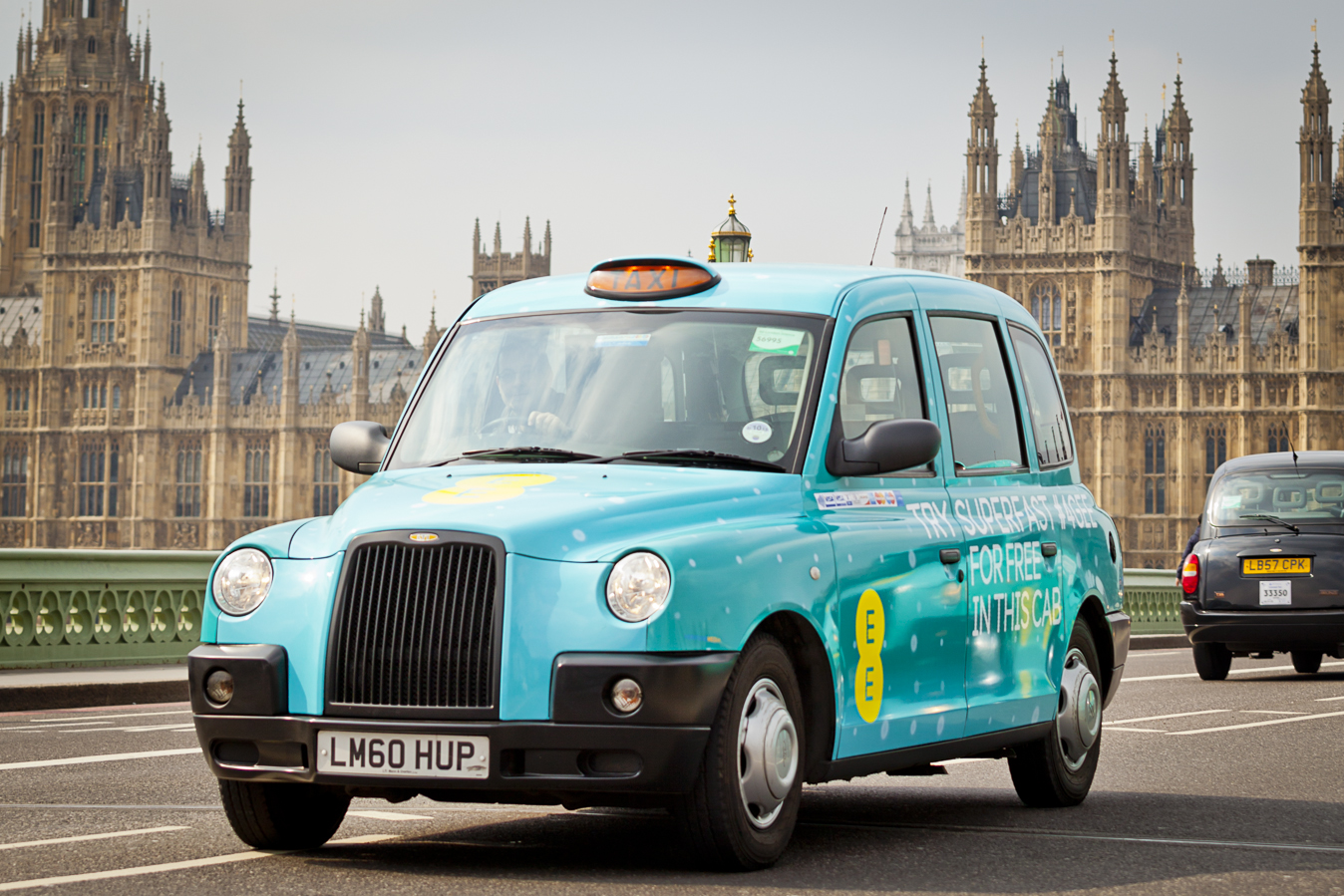 EE launches the UK's first ever fleet of superfast 4G taxis in London and Birmingham