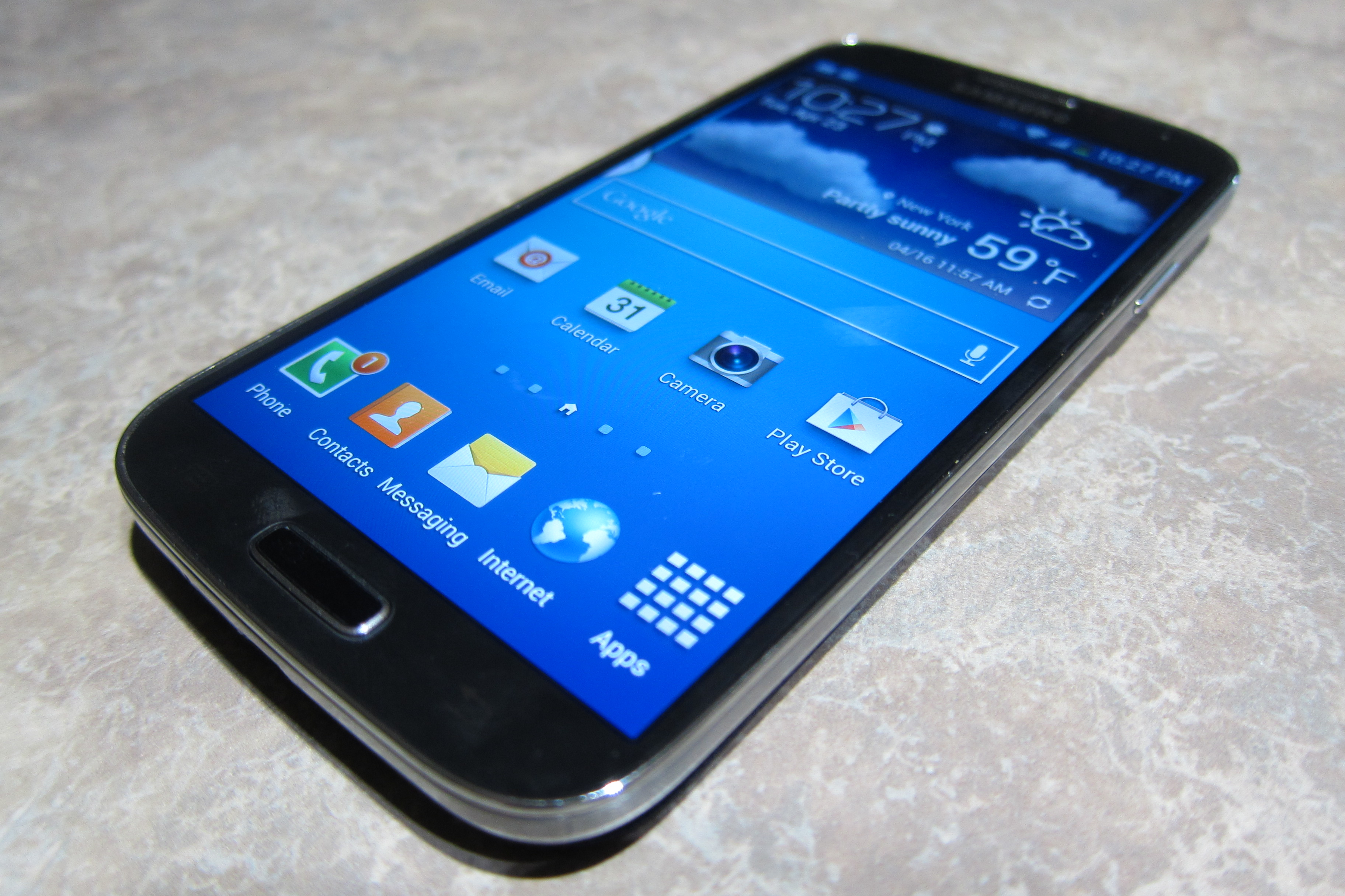 Galaxy S 4 featured