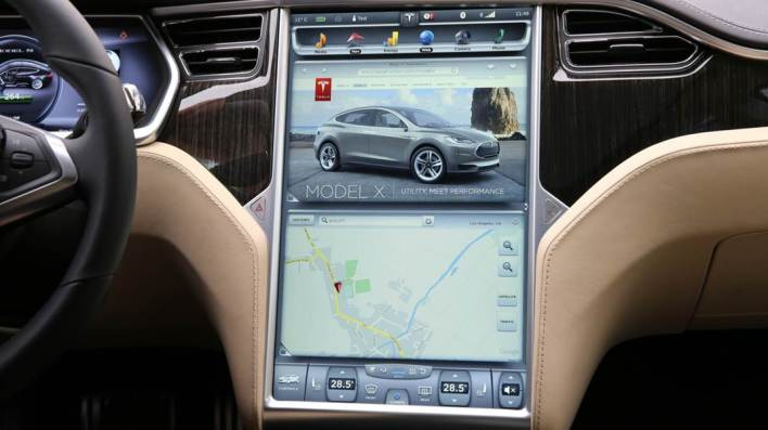 Tesla Model S screen