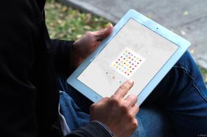 Dots-iPad 2 - attribution