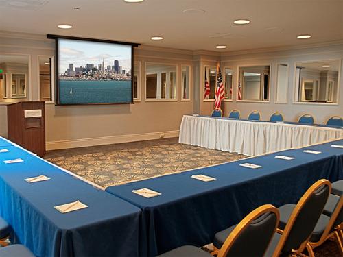 meetingroom (1)