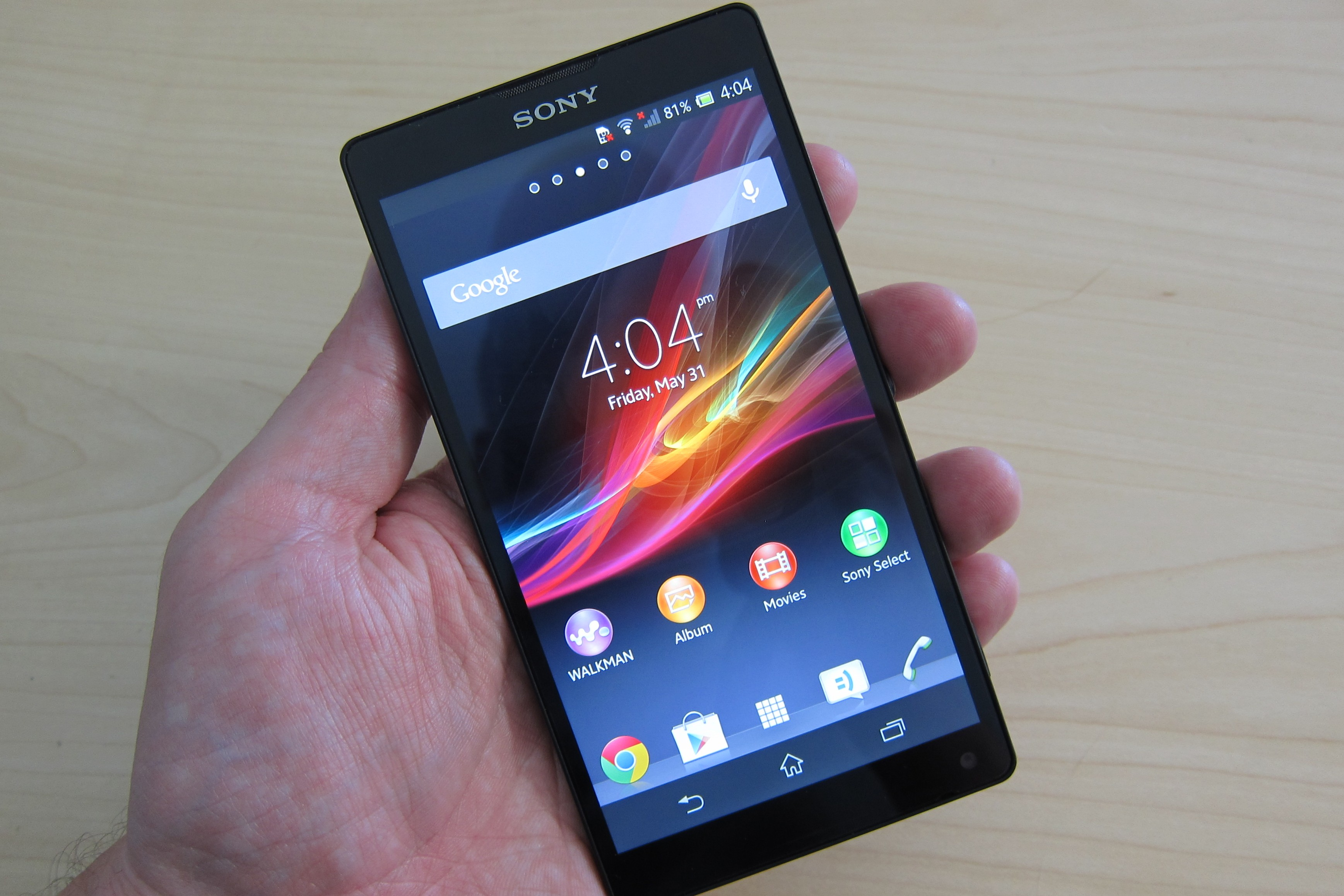 Xperia ZL in hand