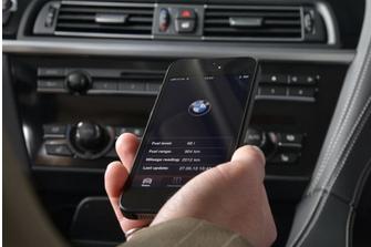 BMW iPhone Siri