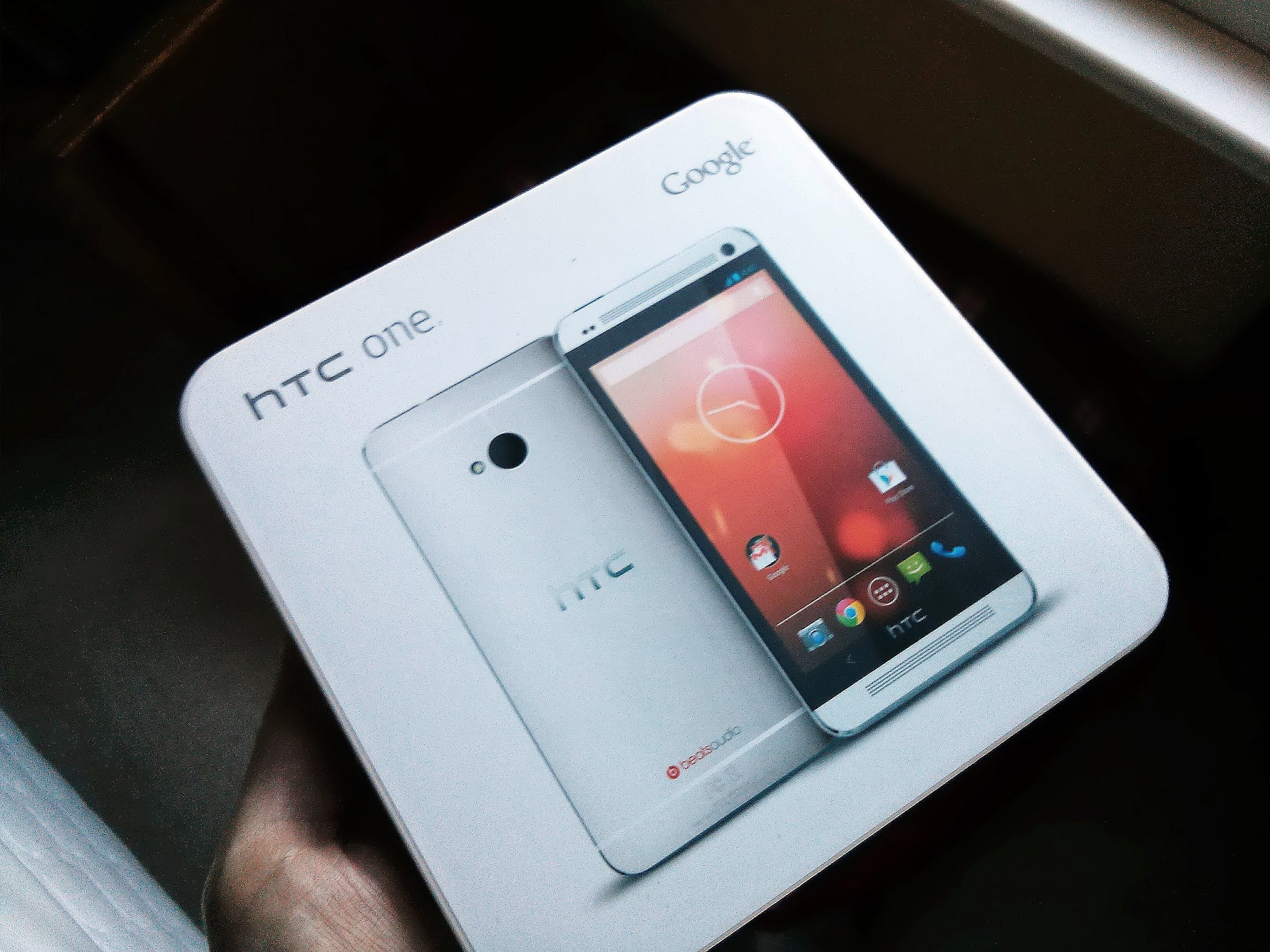 HTC One Google Edition box