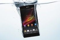 SonyXperiaZ in water