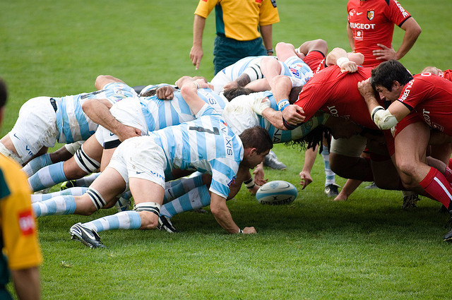 rugby scrum / melee