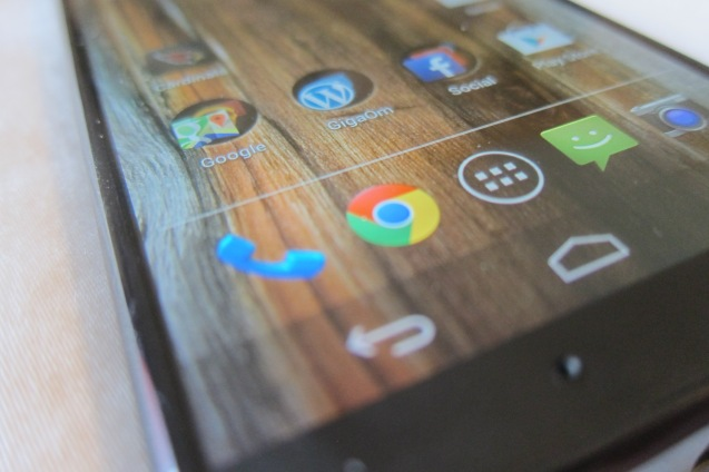 Moto X screen