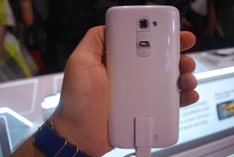 LG G2 rear button