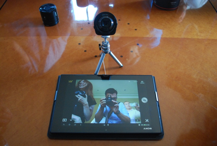 QX10 self portait